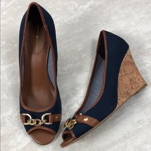 New Tommy Hilfiger Wedges Navy Brown Gold Buckle